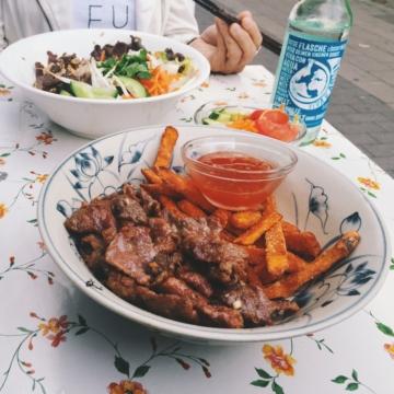 XeÔm – Eatery