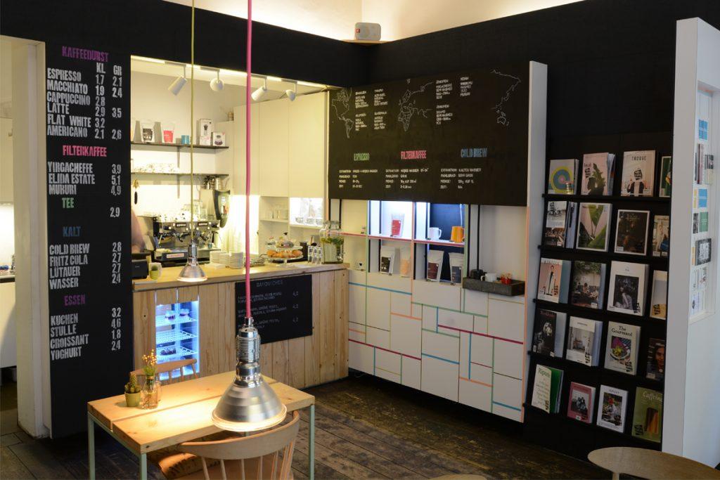 Third Wave Kaffee im public